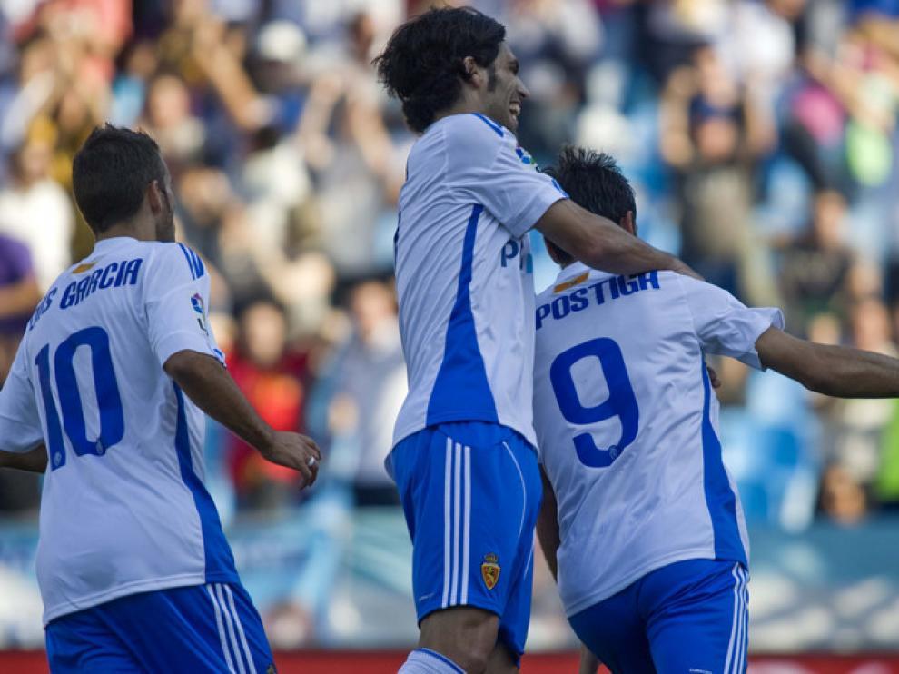 Postiga celebra tras adelantar al Zaragoza