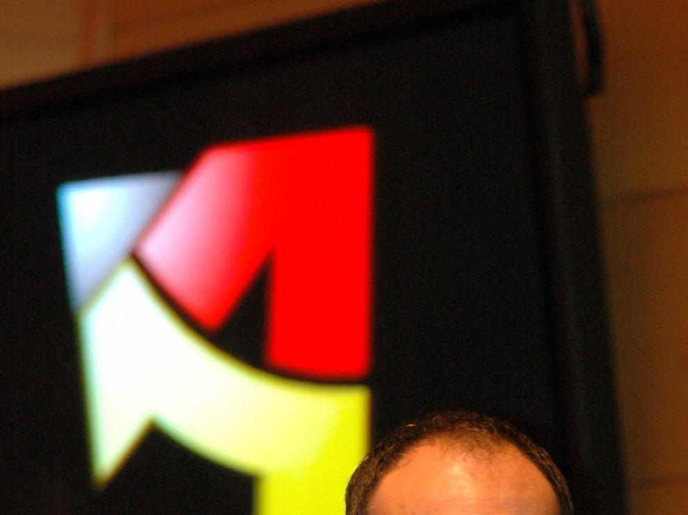 El director general de la Corporación Aragonesa de Radio y Televisión, Jesús López Cabeza.