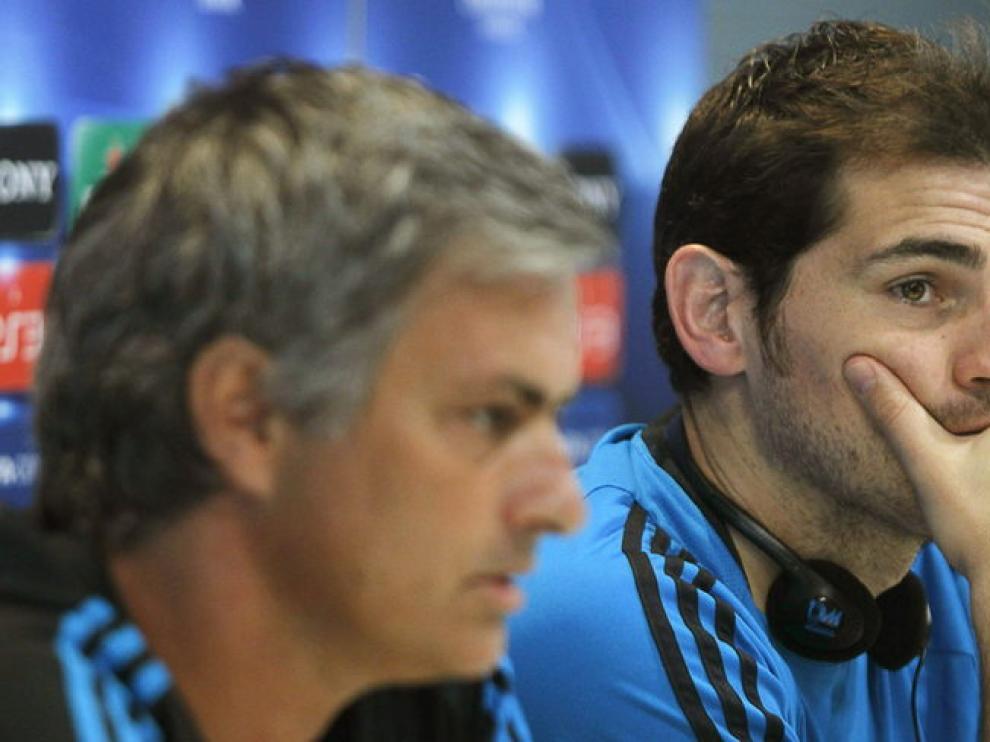 Jose Mourinho y Casillas en una foto de archivo