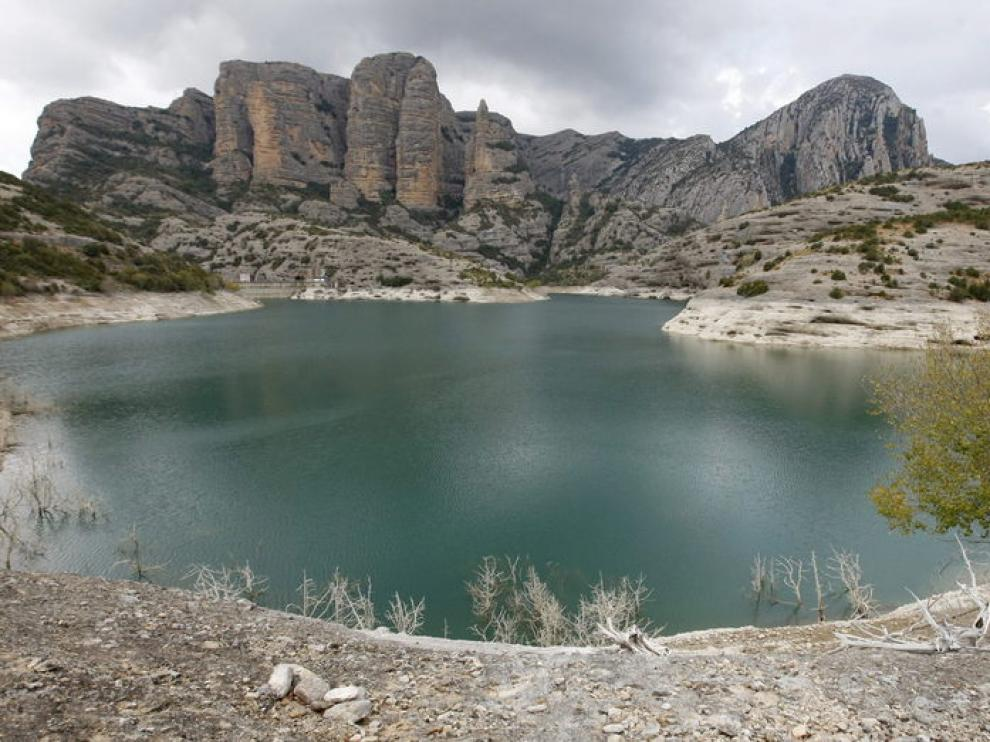Pantano de Vadiello en Huesca