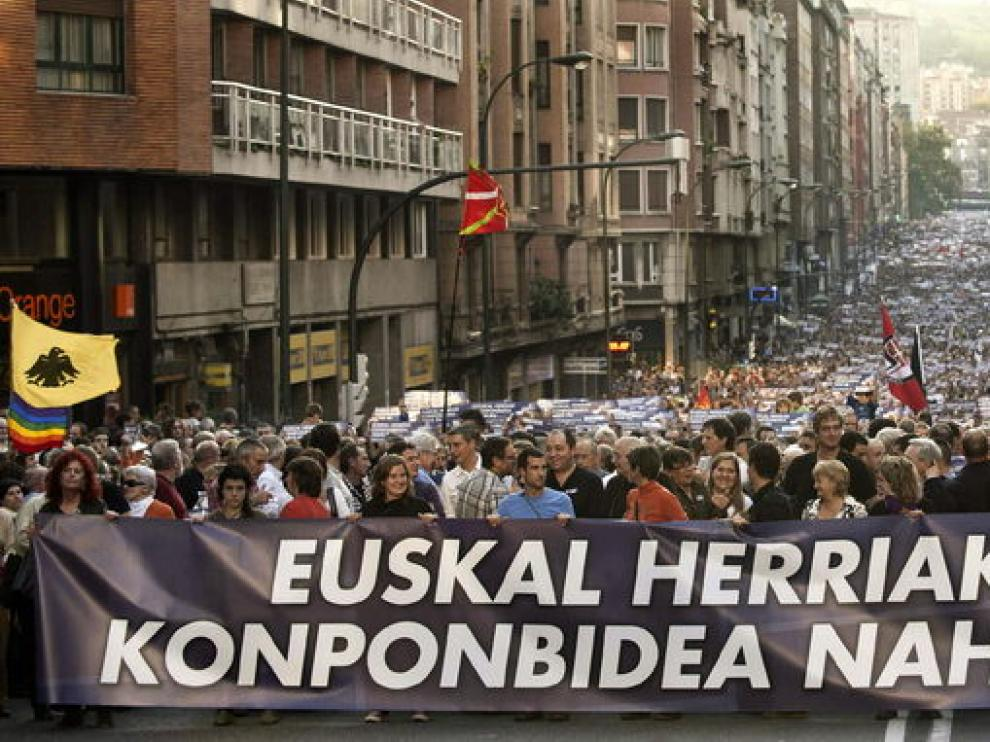 Manifestación de la izquierda abertzale tras el comunicado de la banda terrorista ETA