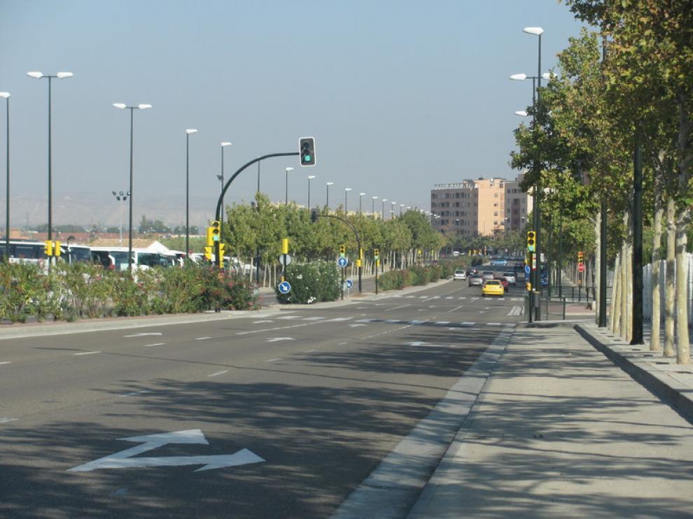 Calle de Ibon de Plan, al fondo Miralbueno