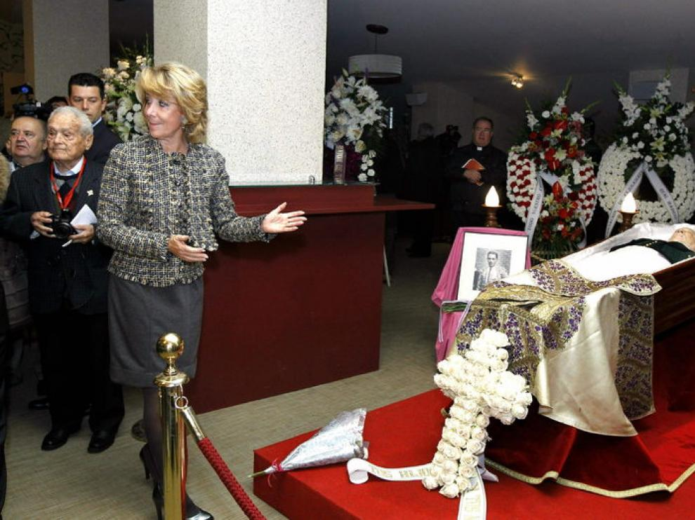 Esperanza Aguirre despide a Antoñete