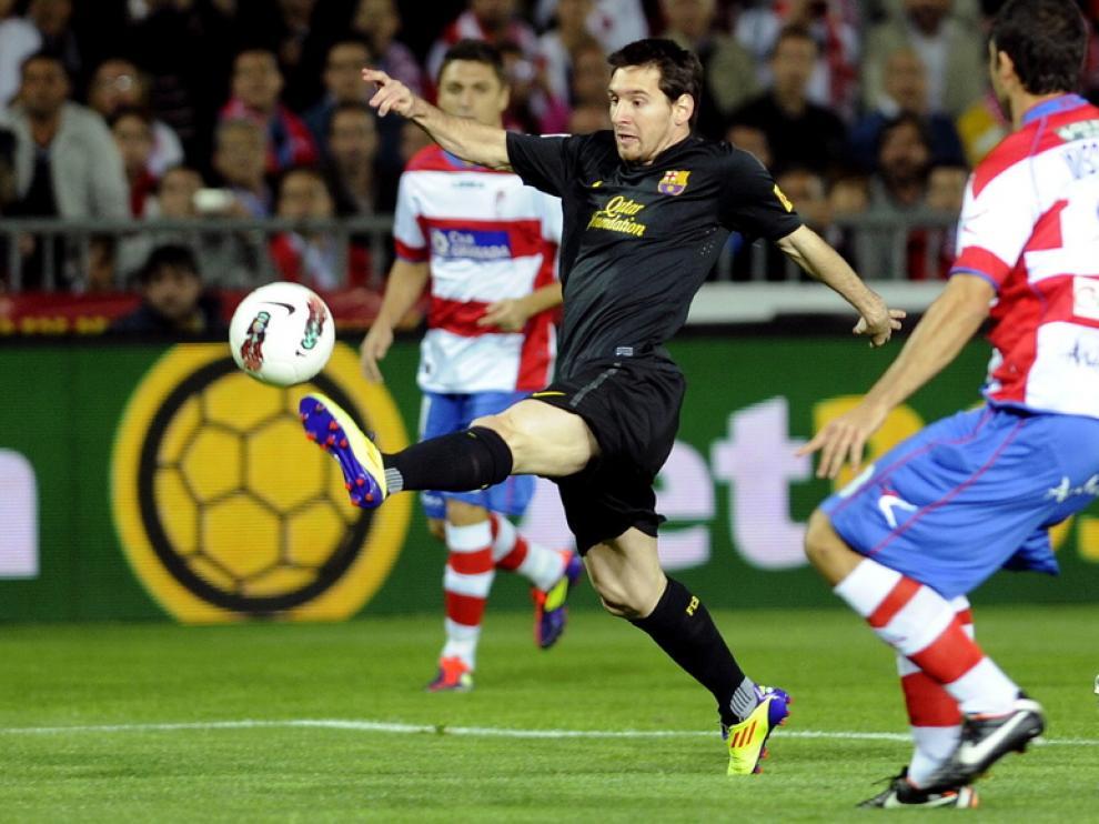 Leo Messi, en posesión del balón.