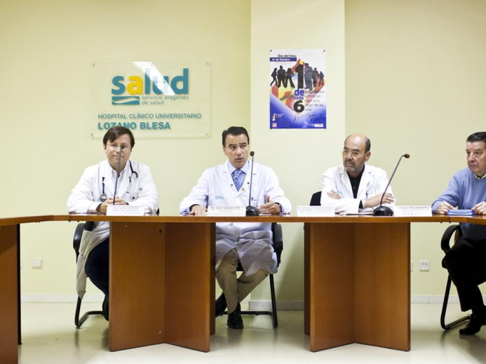 Neurólogos del hospital Clínico de Zaragoza explican los riesgos del ictus