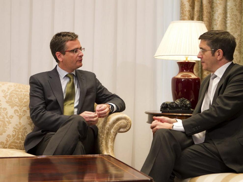 El lendakari, Patxi López, ha retomado con el presidente del PP vasco, Antonio Basagoiti