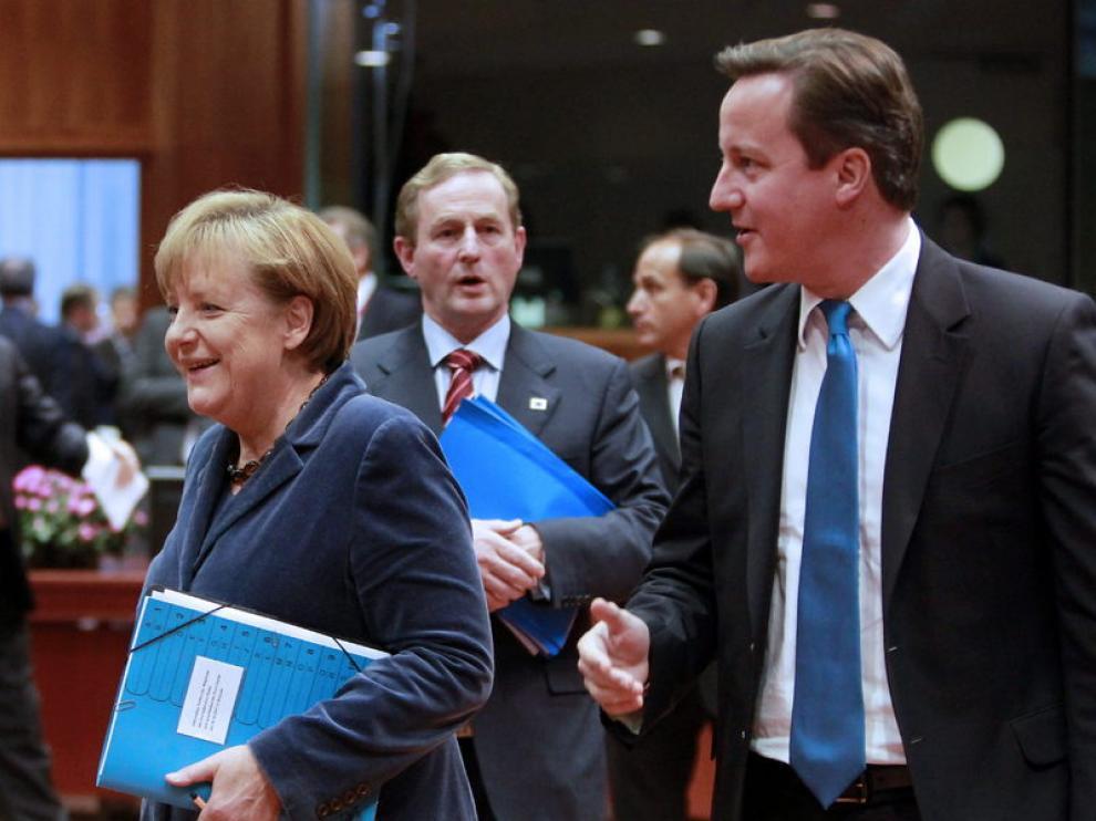 Merkel y Cameron en la cumbre