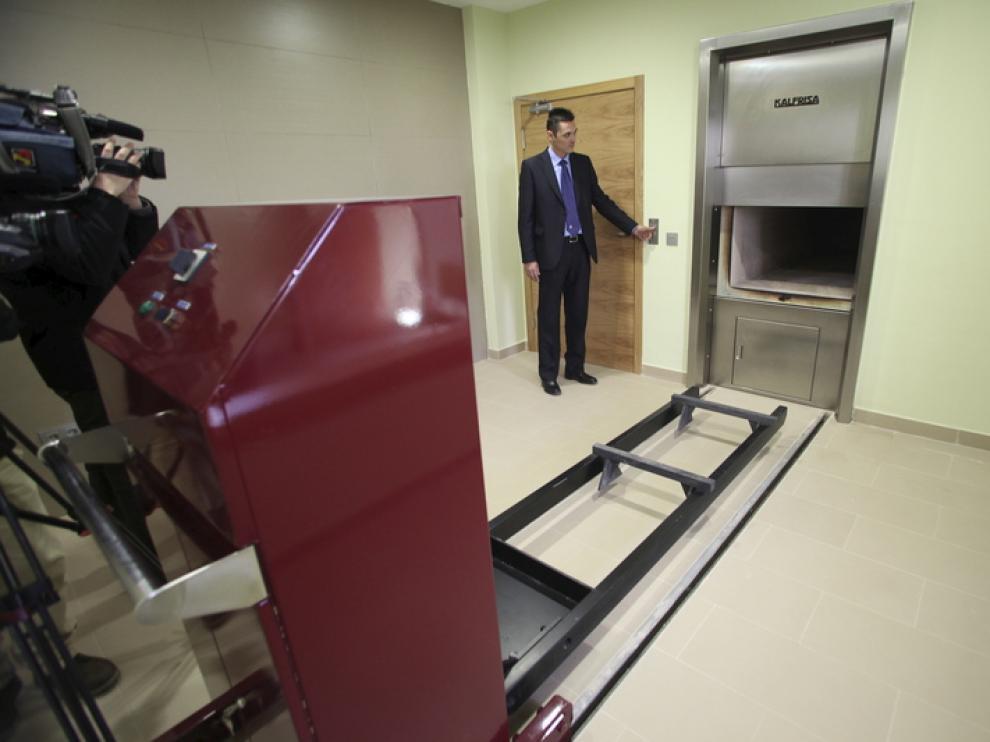 Imagen del la presentación de las instalaciones del crematorio de Teruel