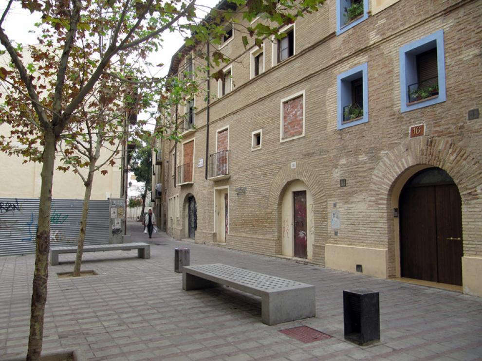 Calle Manuel Lacruz, en el casco histórico del Arrabal, donde hay proyectadas varias VPO