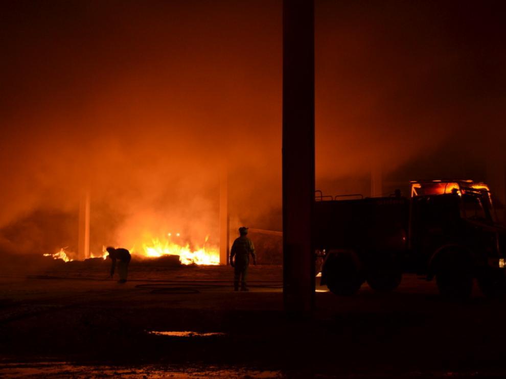 Los bomberos han controlado el fuego con celeridad.