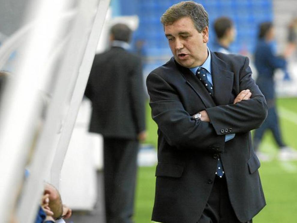 El técnico Quique Hernández