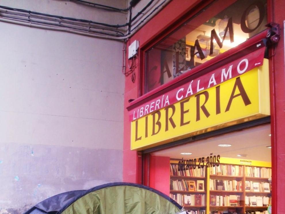 La librería Cálamo patrocina esta original iniciativa.