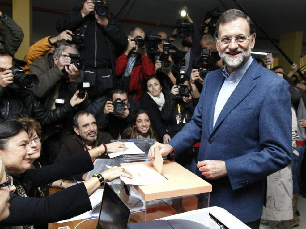 Mariano Rajoy ha votado en un colegio madrileño