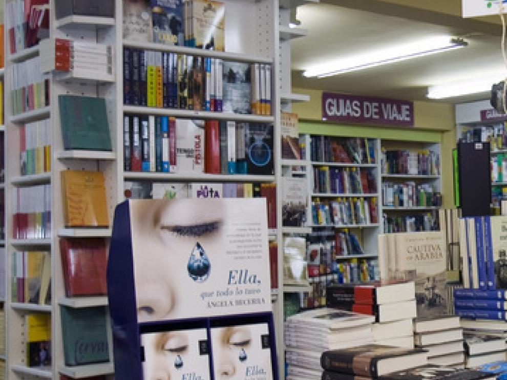 Foto de archivo del interior de la Librería Central.