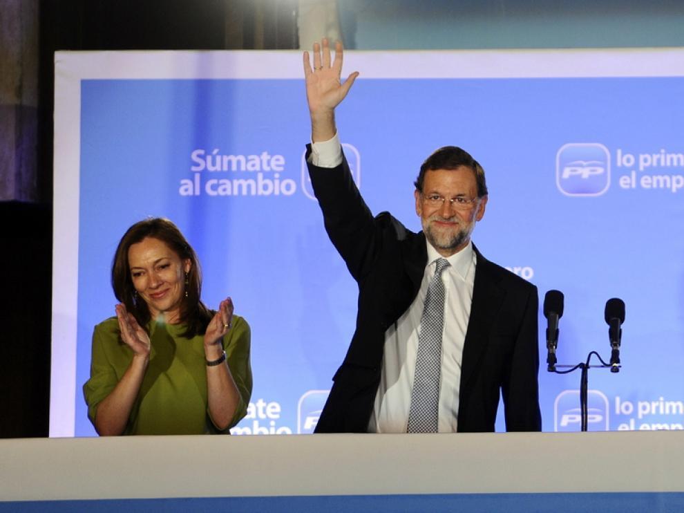 Viri' Fernández y Mariano Rajoy celebrando la victoria