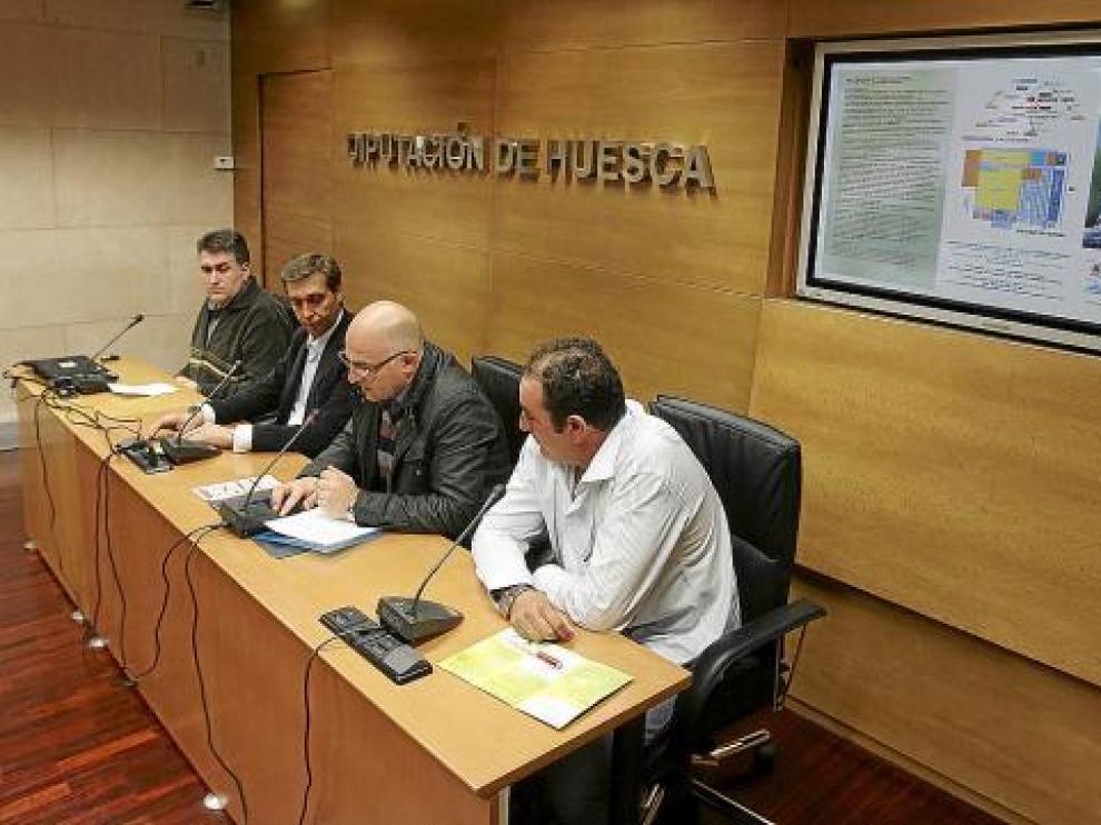 José Ramón Cajal, Javier Betorz, Francisco Villellas y José Ramón Cajal en la presentación.