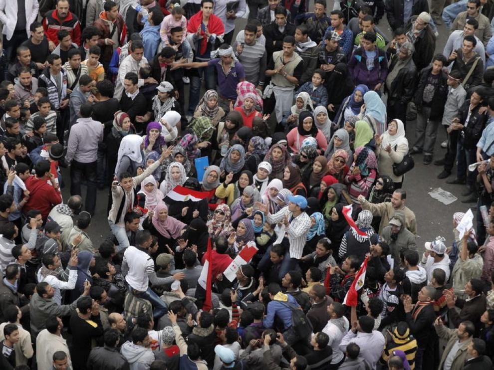 Panorámica de la plaza Tahir en El Cairo