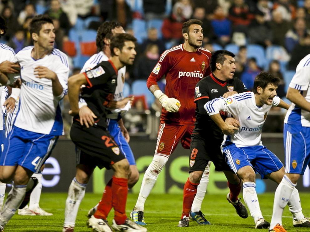 El Sevilla se impuso ante el Real Zaragoza.
