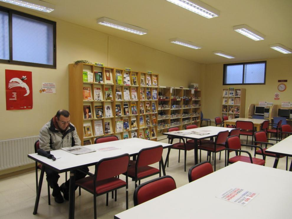 Sala de prensa en la biblioteca Javier Tomeo, en el parque del Tío Jorge