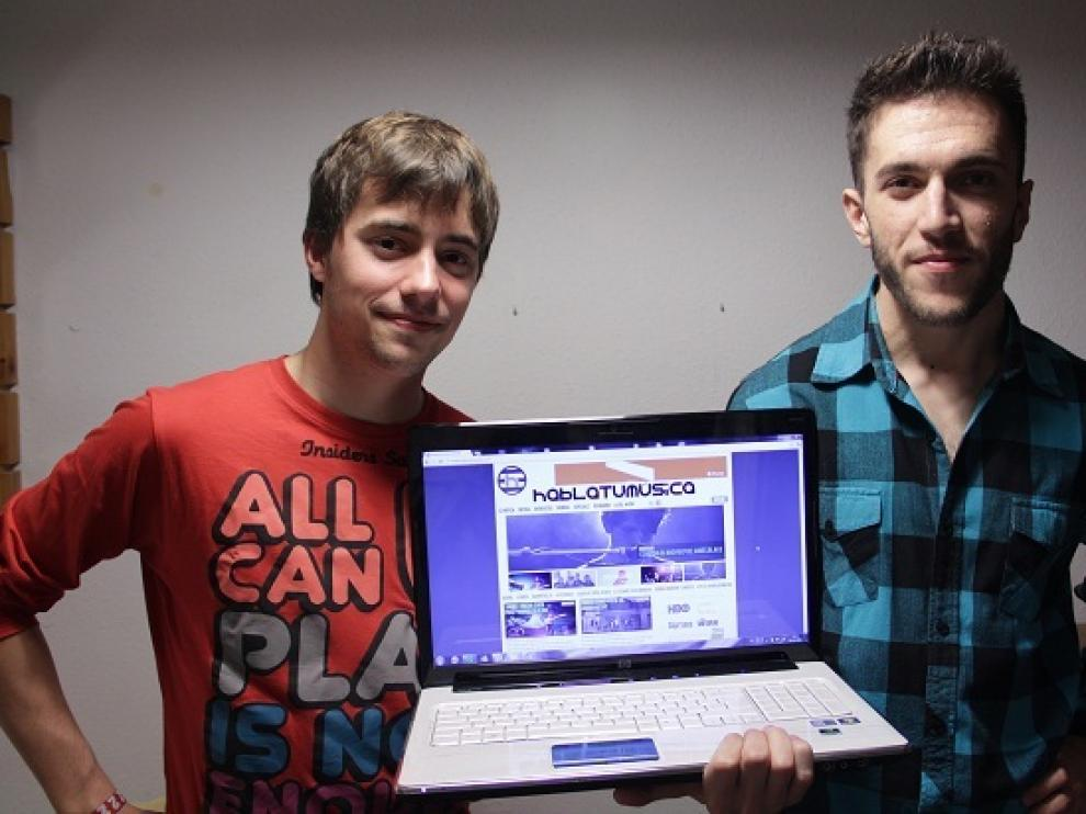 En la imagen, a la izquierda, Carlos Naval y a la derecha, Berto Barros