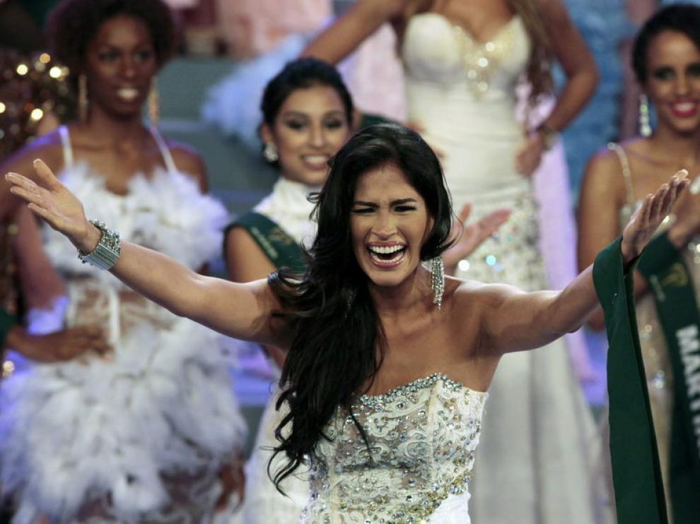 La ecuatoriana Olga Alva, proclamada Miss Tierra