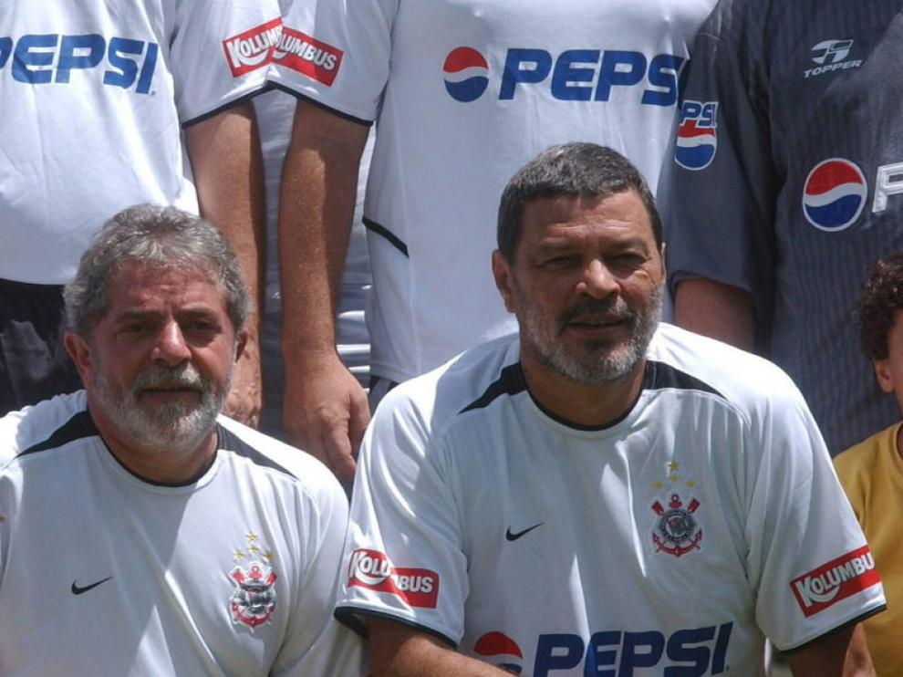 Sócrates junto a Lula Da Silva
