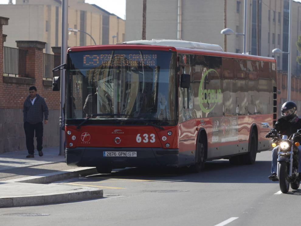 Los motoristas prefieren usar el carril bus