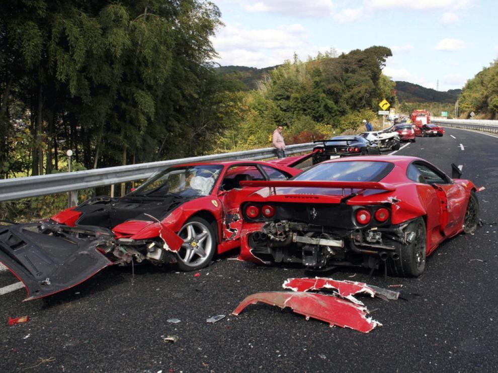 Imagen de dos de los coches siniestrados