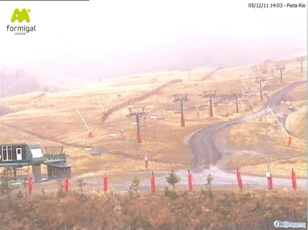Las estaciones de esquí están sufriendo la falta de nieve