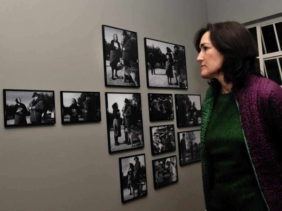 La ministra de Cultura, Ángeles González-Sinde, en la inauguración de la Casa Buñuel