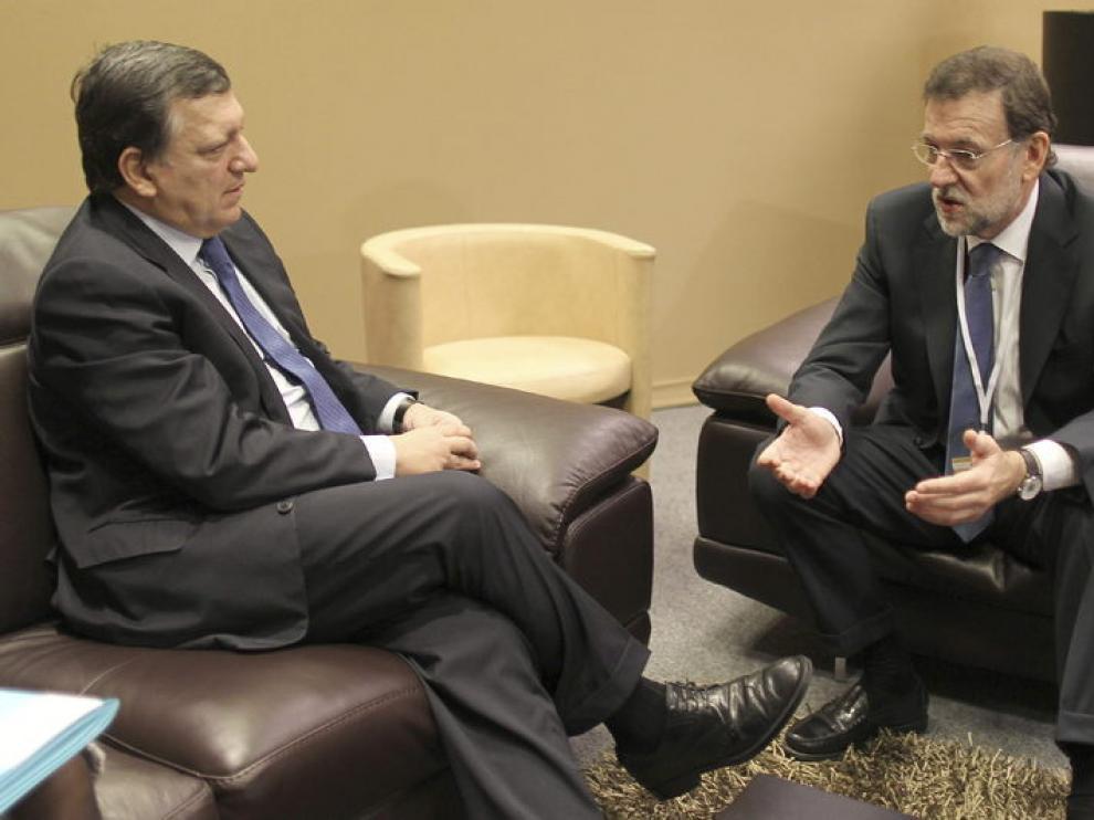 Durao Barroso junto a Mariano Rajoy durante su encuentro en Marsella