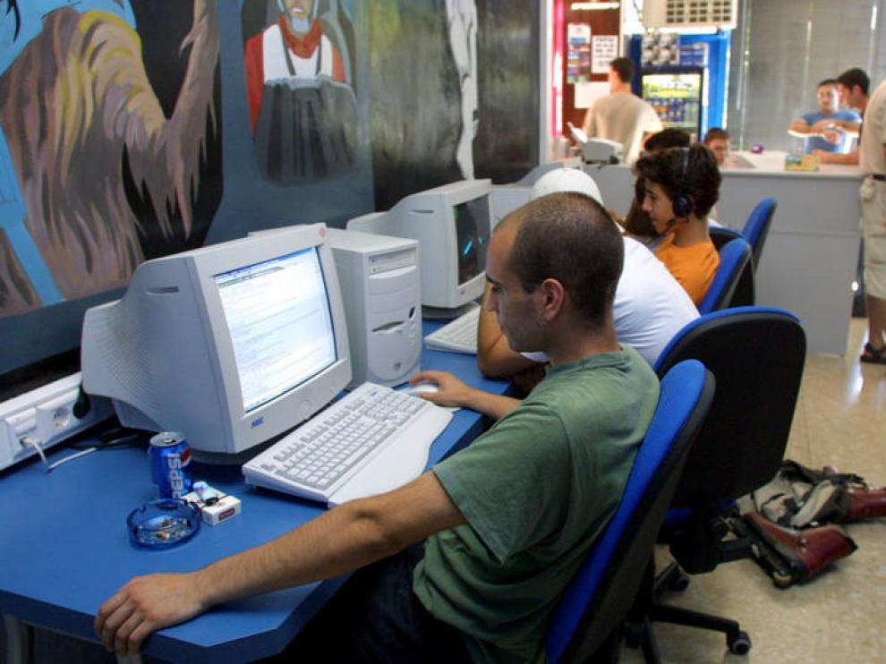 El cibercafé Gran Vía, ahora locutorio.