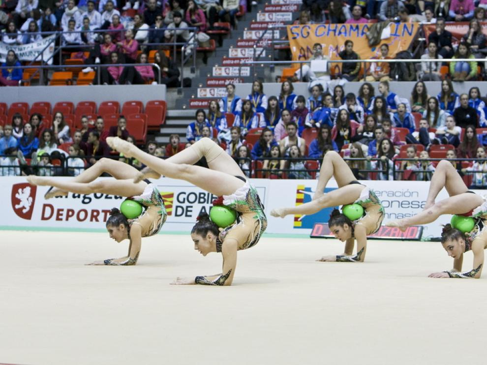 Algunas participantes de Zaragoza, durante su turno de actuación