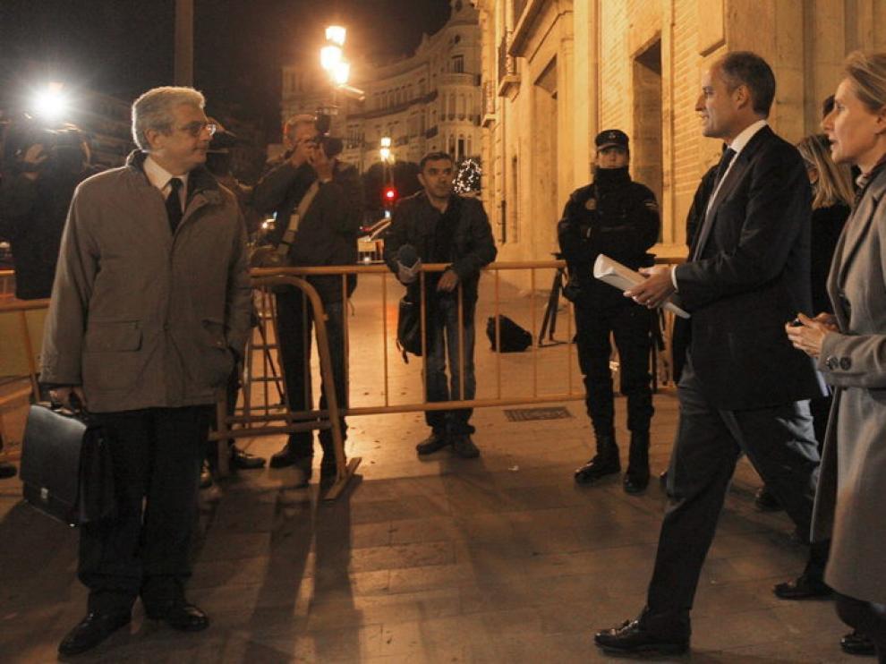 Camps, a su salida del Palacio de Justicia de Valencia