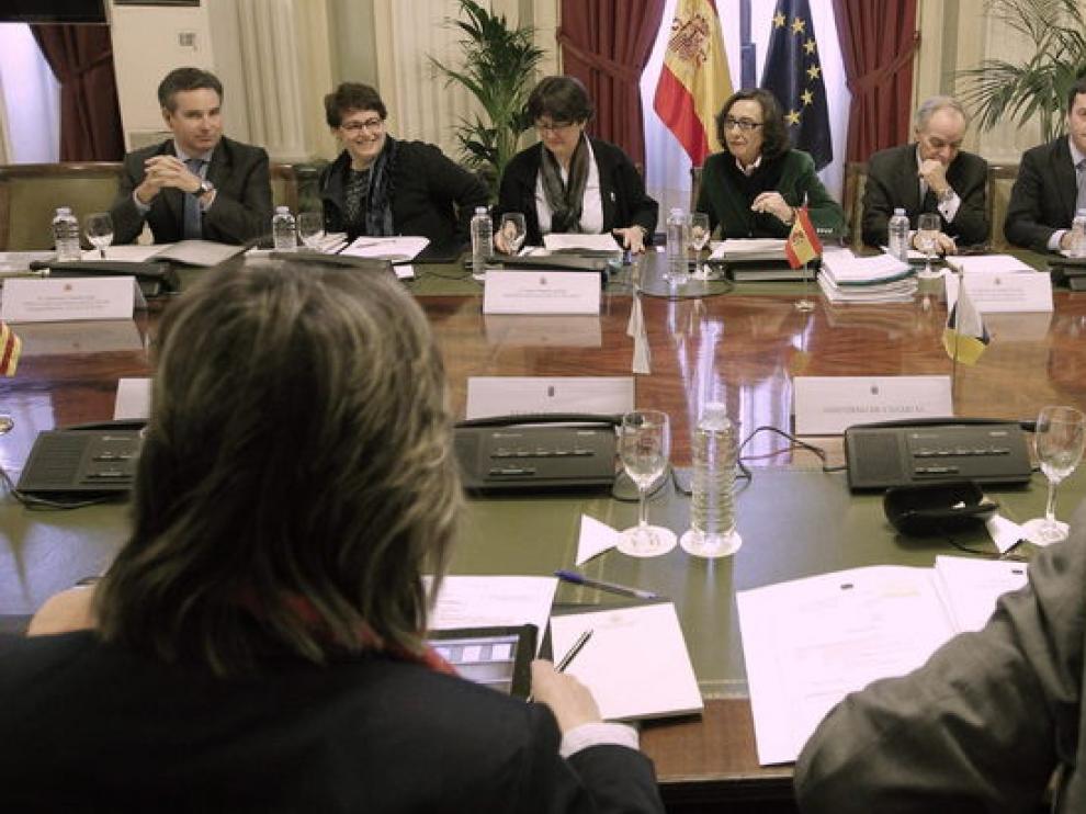 La ministra de Medio Ambiente y Medio Rural y Marino en funciones, Rosa Aguilar