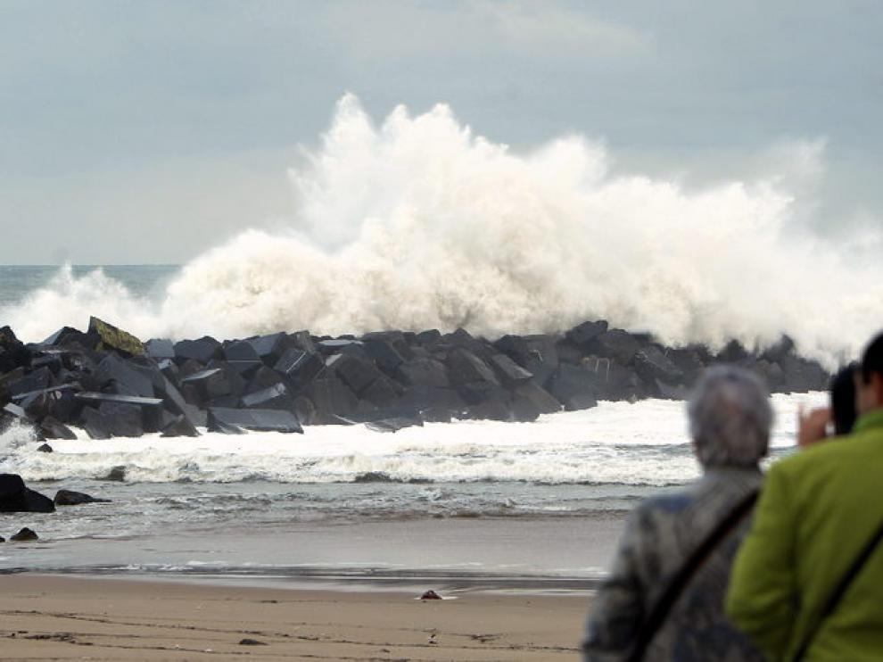 Imagen del temporal en el Cantábrico
