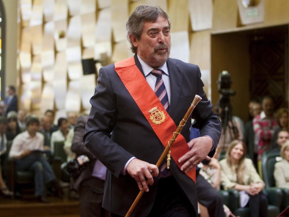 Toma de posesión de Belloch como alcalde de Zaragoza