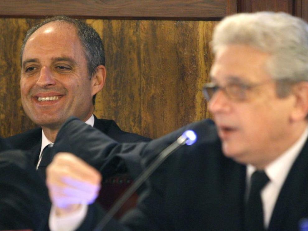 Camps, junto a su abogado, Javier Boix