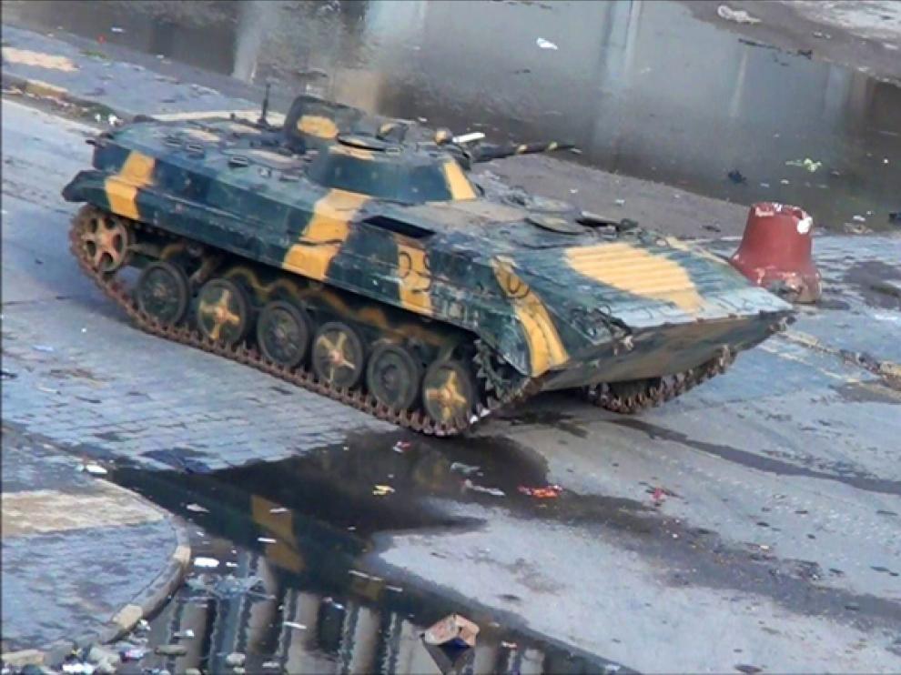 Un tanque en Homs
