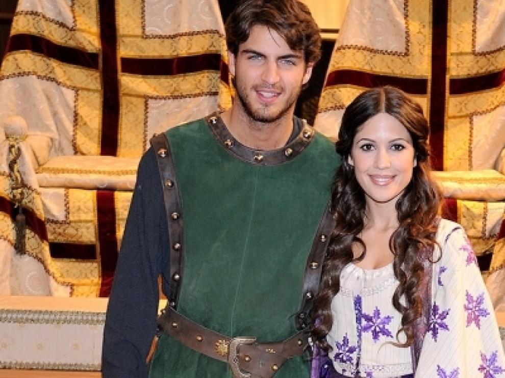 Dos de los protagonistas de la nueva serie que estrena Antena3.