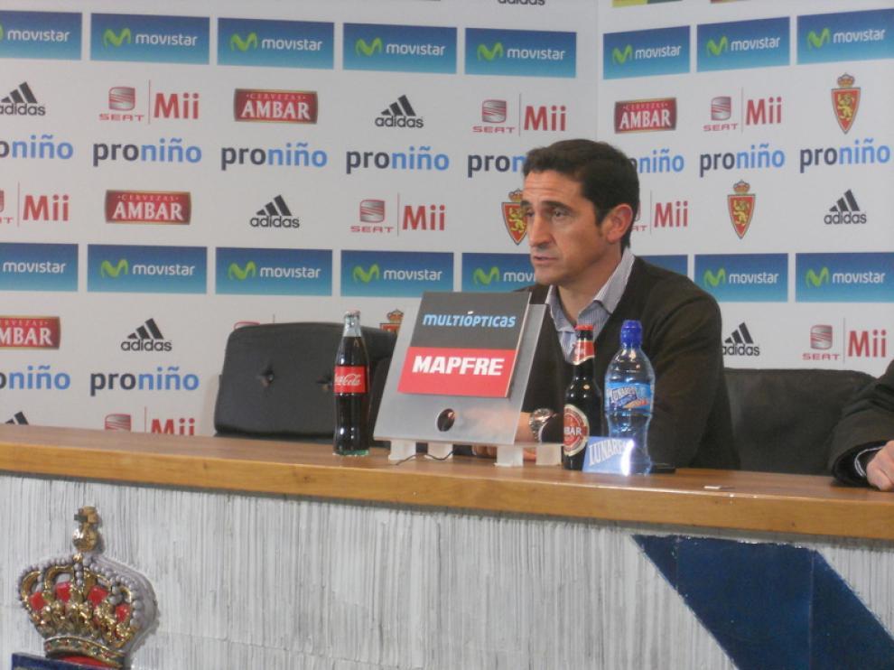 Manolo Jiménez, durante la rueda de prensa
