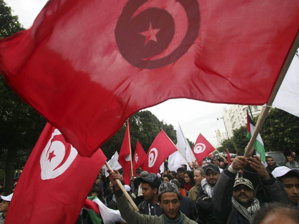 Manifestaciones en el aniversario de la revolución tunecina