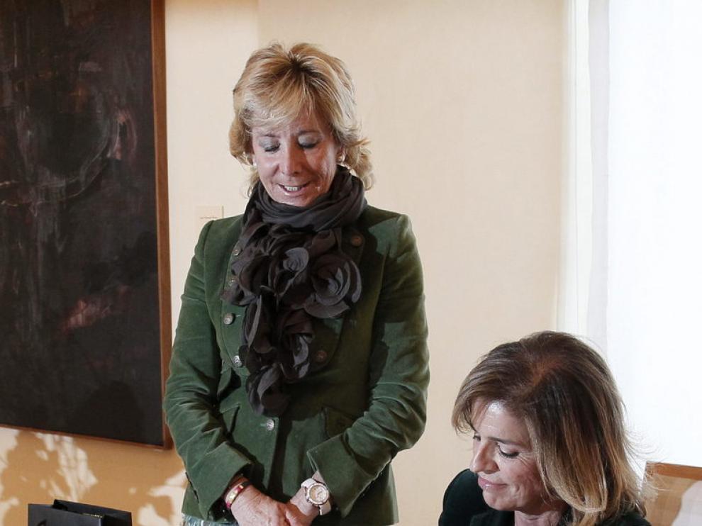 Esperanza Aguirre y Ana Botella, en su primer encuentro