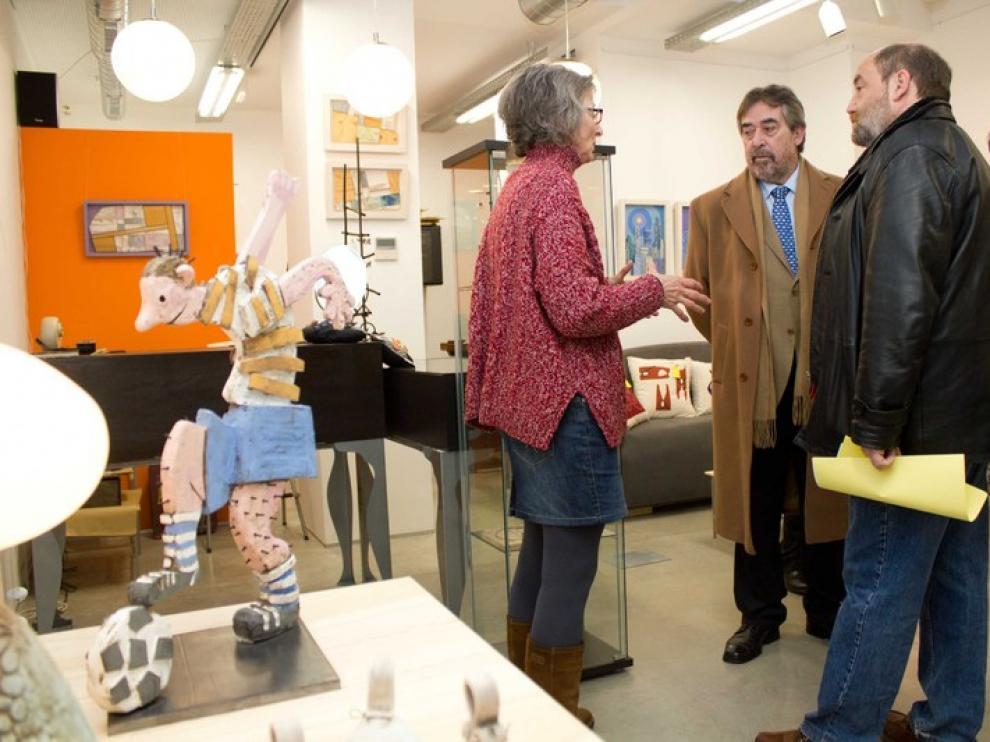 Visita del alcalde a los locales de la calle de San Agustín