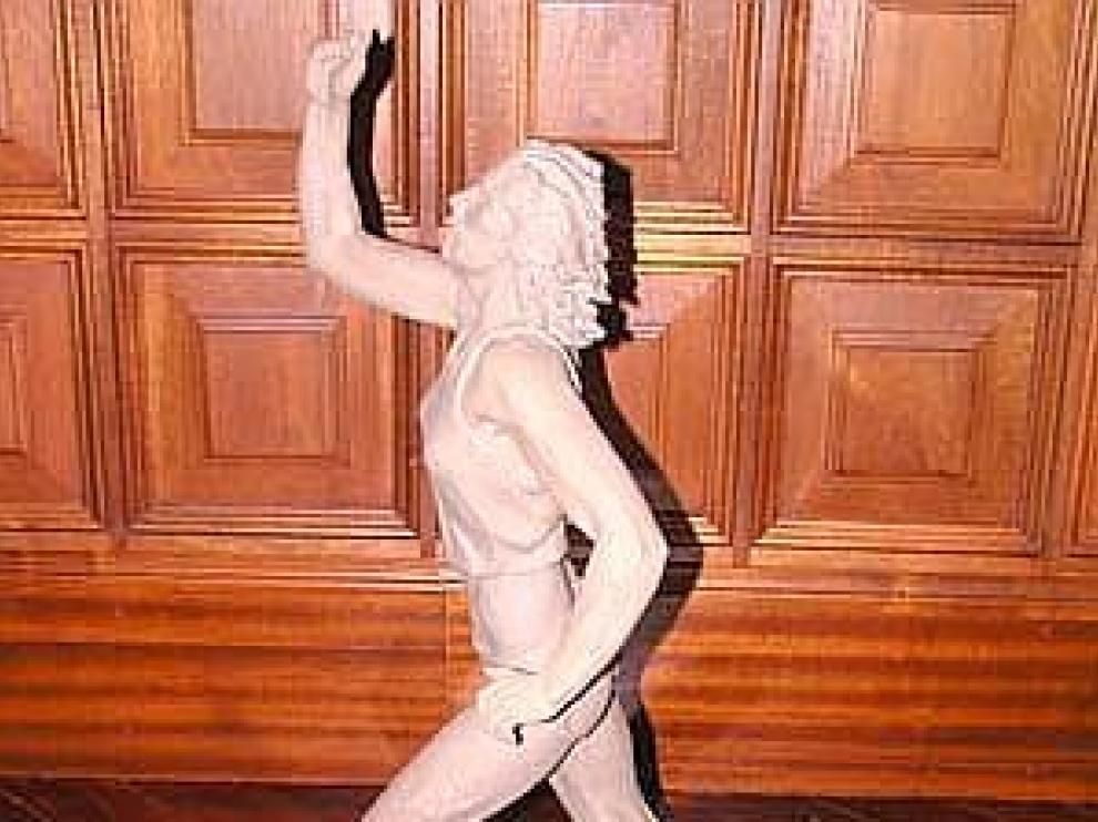 Escultura de Marta Domínguez