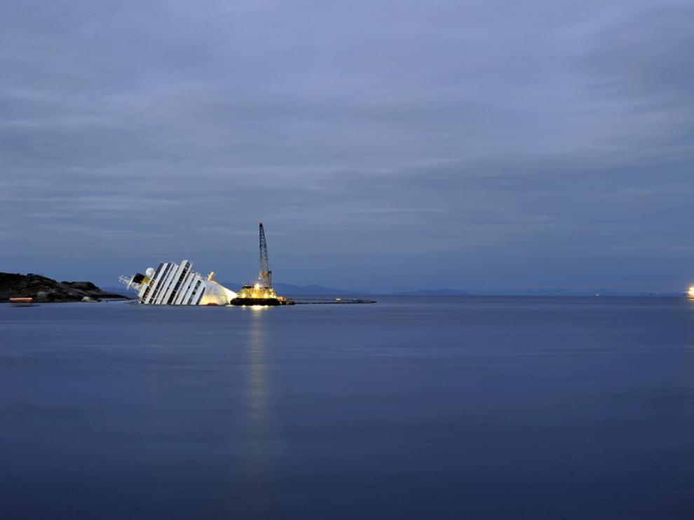 El crucero hundido esta noche