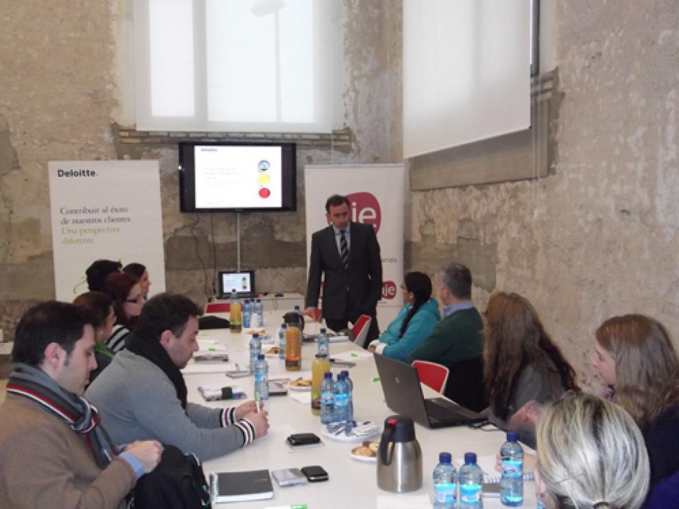 Un evento anterior organizado por la Asociación de Jóvenes emprendedores de Aragón.