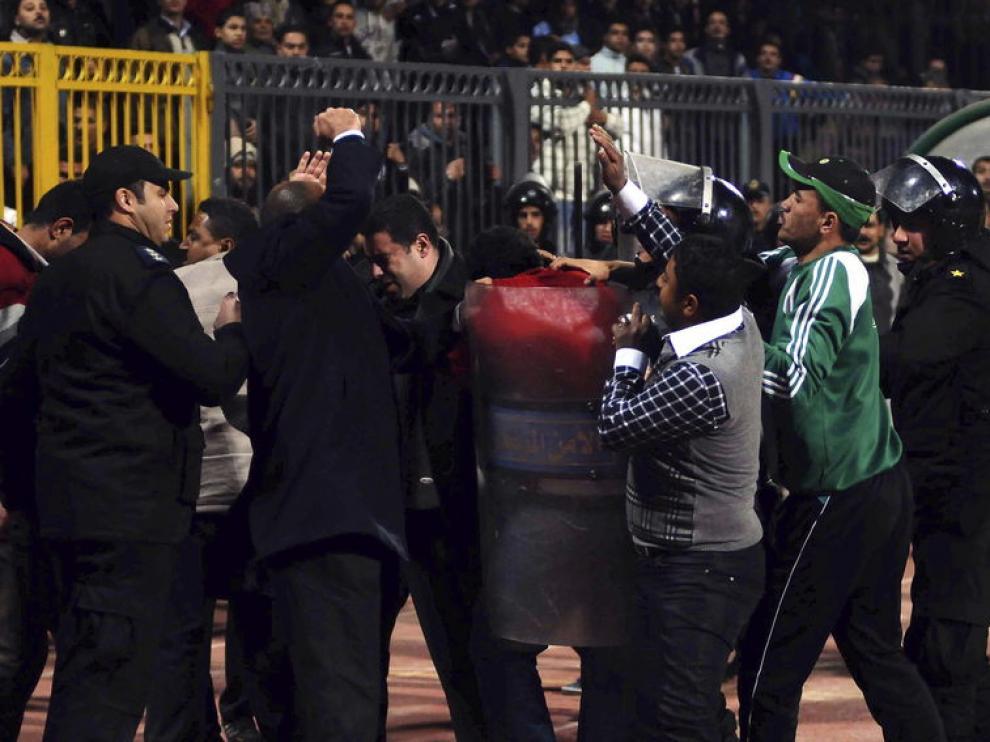 Disturbios originados en un partido de la liga egipcia