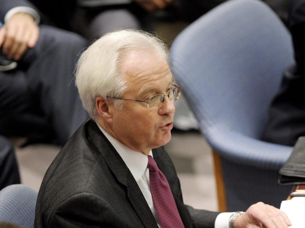 El embajador ruso ante la ONU, Vitaly Churkin, habla durante la reunión del Consejo de Seguridad de la ONU.