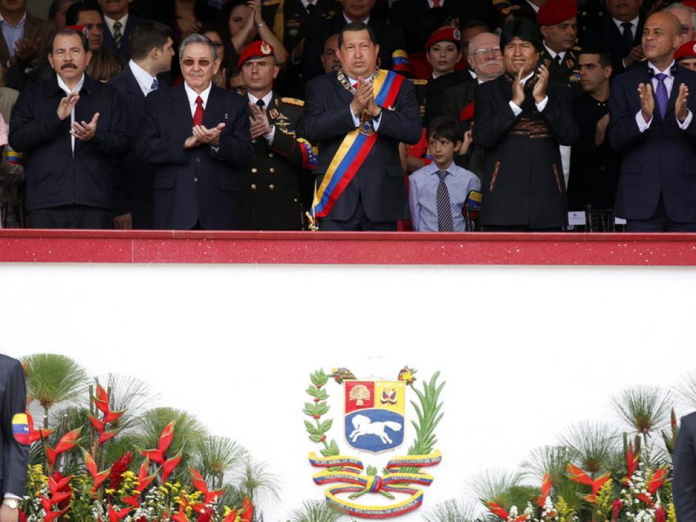 Chávez, en el centro de la tribuna de autoridades